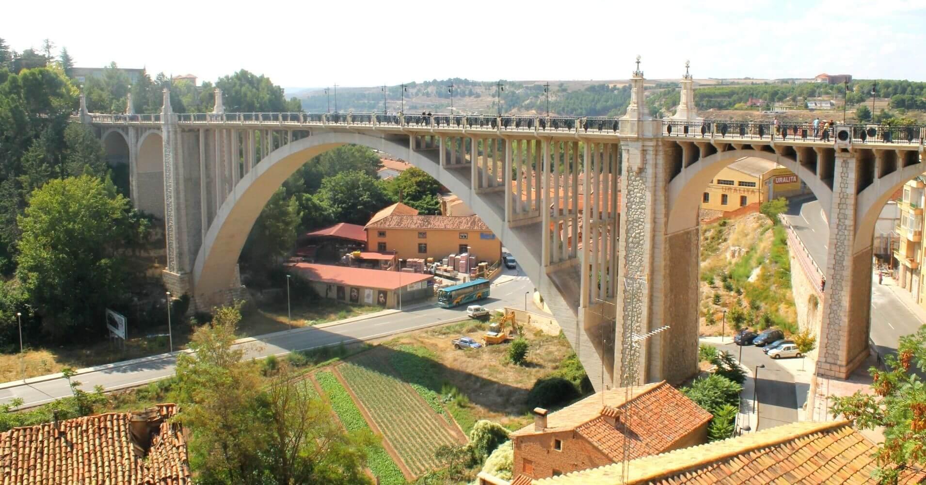 Acueducto de los Arcos de Teruel. Aragón.
