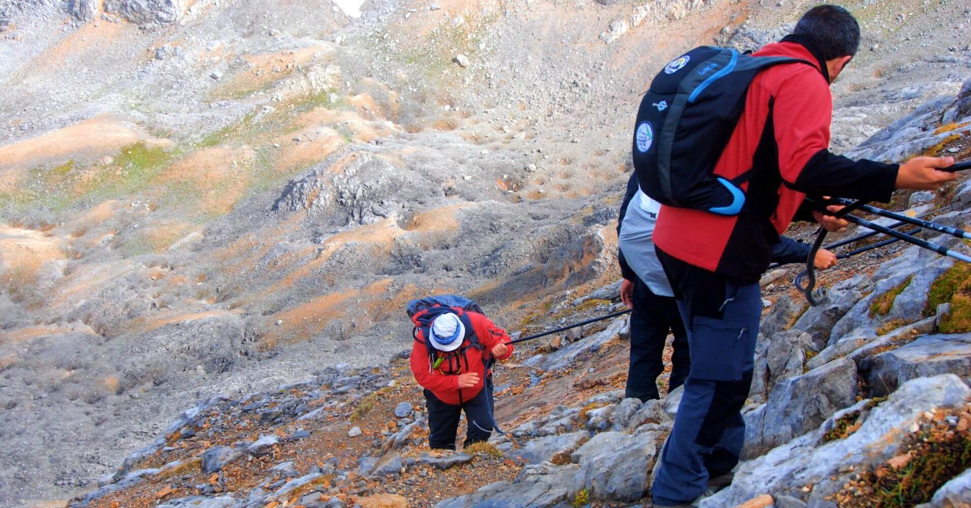 Cable Jou de Boches. Collado de Horcados Rojos, Picos de Europa.