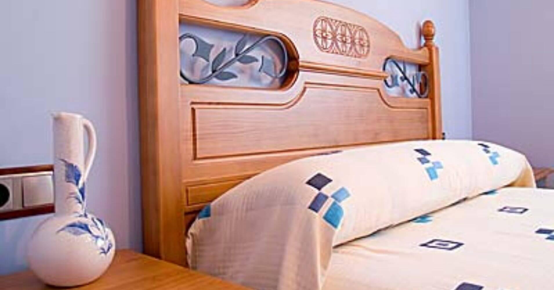 Dormitorio Casa Rural Burguillos, Letur. Albacete, Castilla la Mancha.
