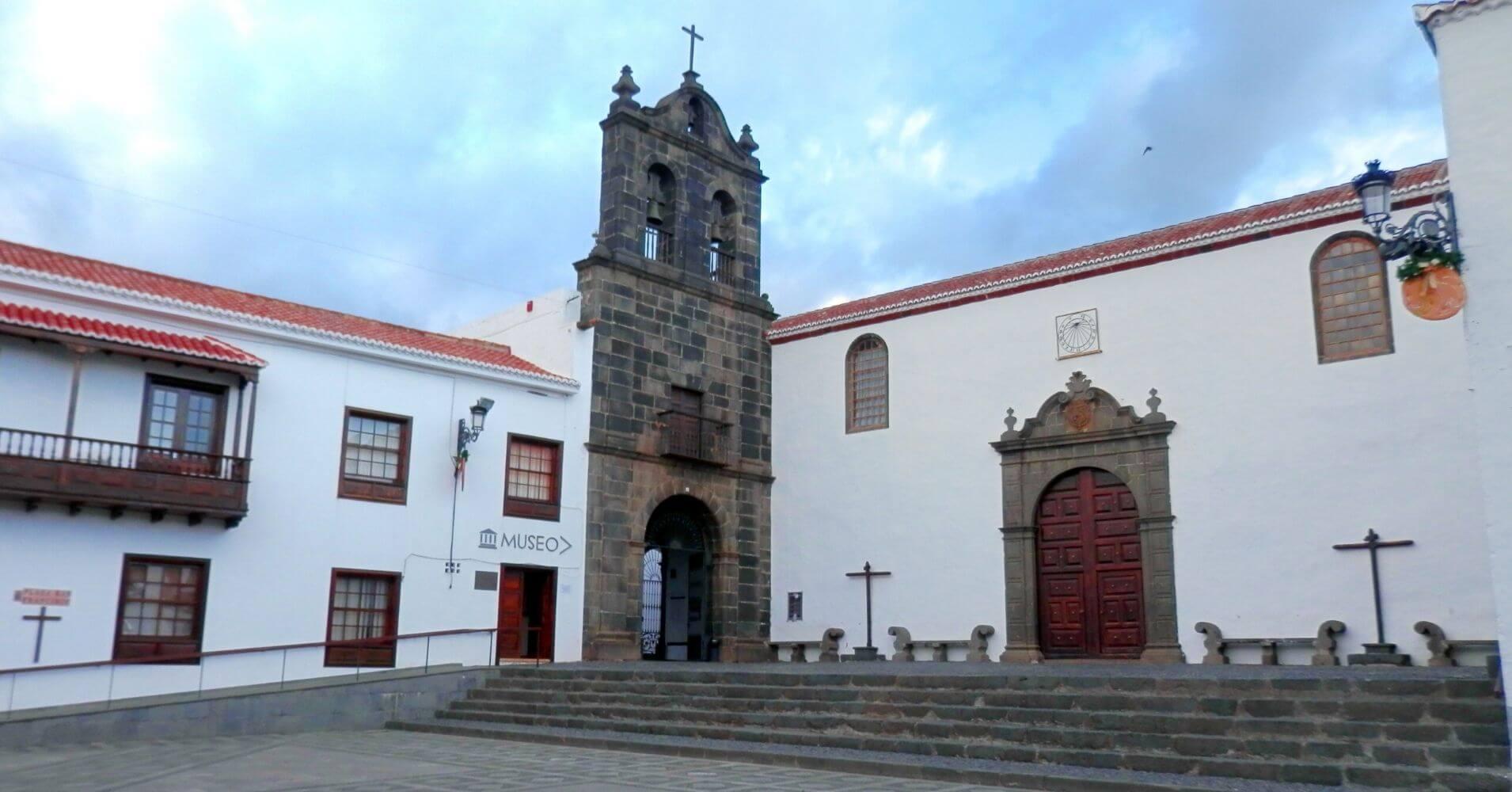Convento de San Francisco. Museo Insular, La Palma a ritmo lento. Santa Cruz de La Palma. Islas Canarias.