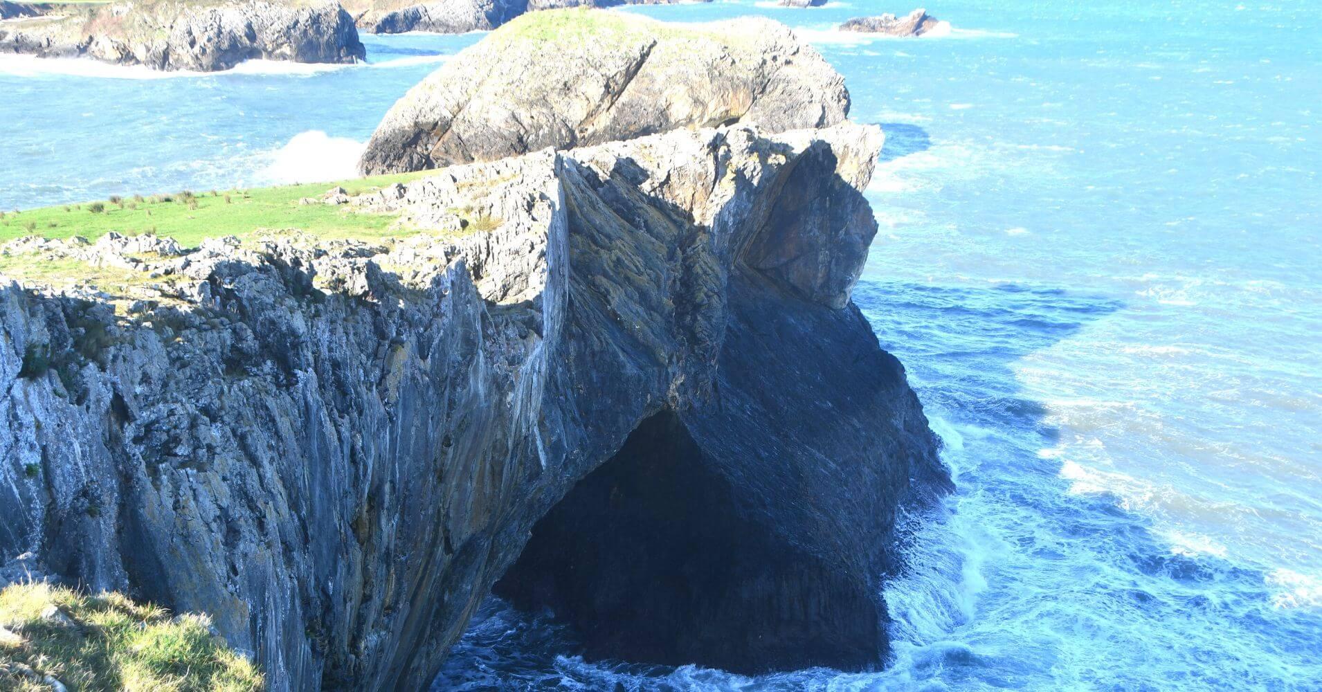 Cristo de Celorio. Península de Borizu. Asturias.