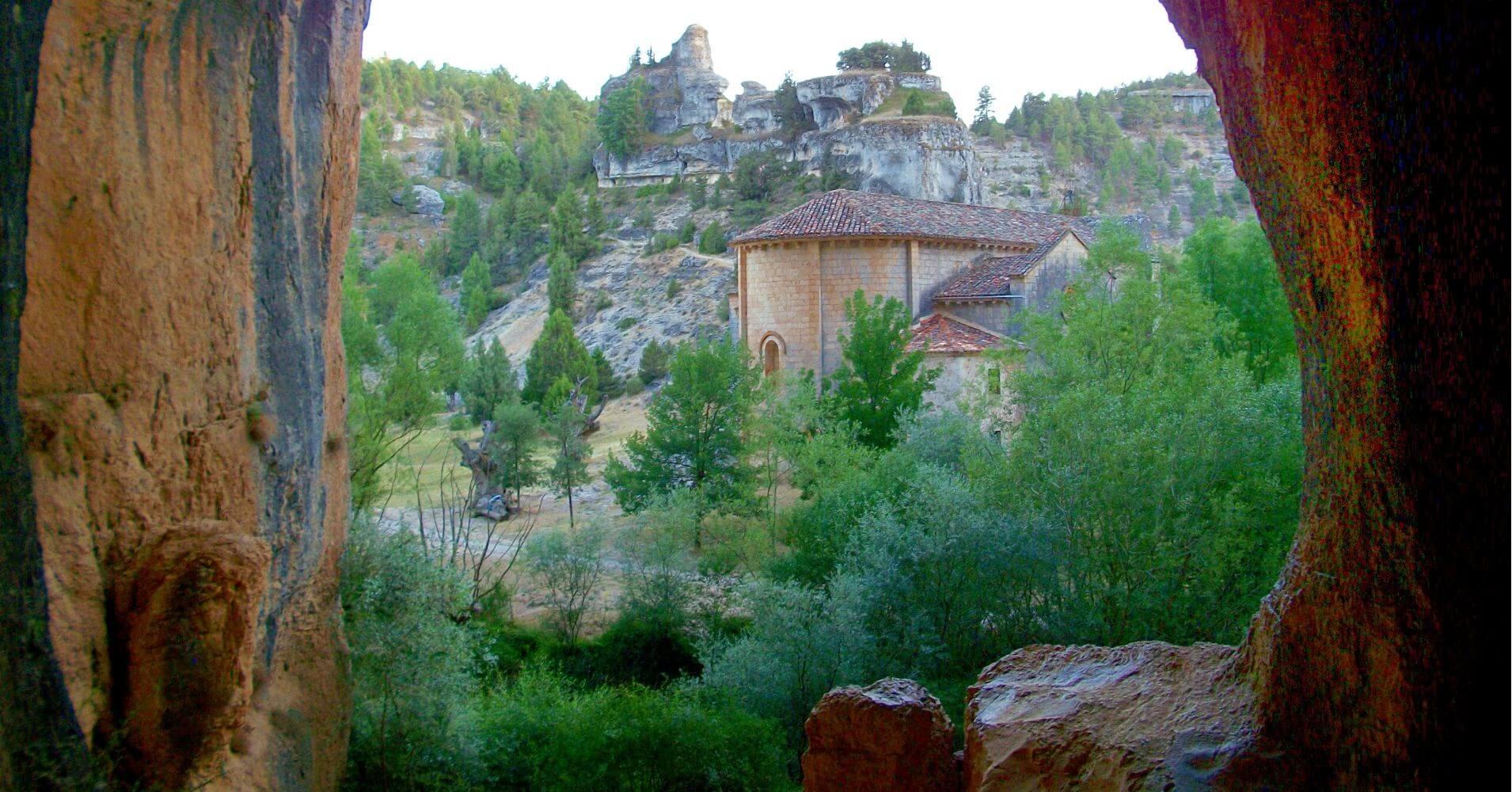 Cueva Grande y Ermita de San Bartolomé. Soria, Castilla y León.