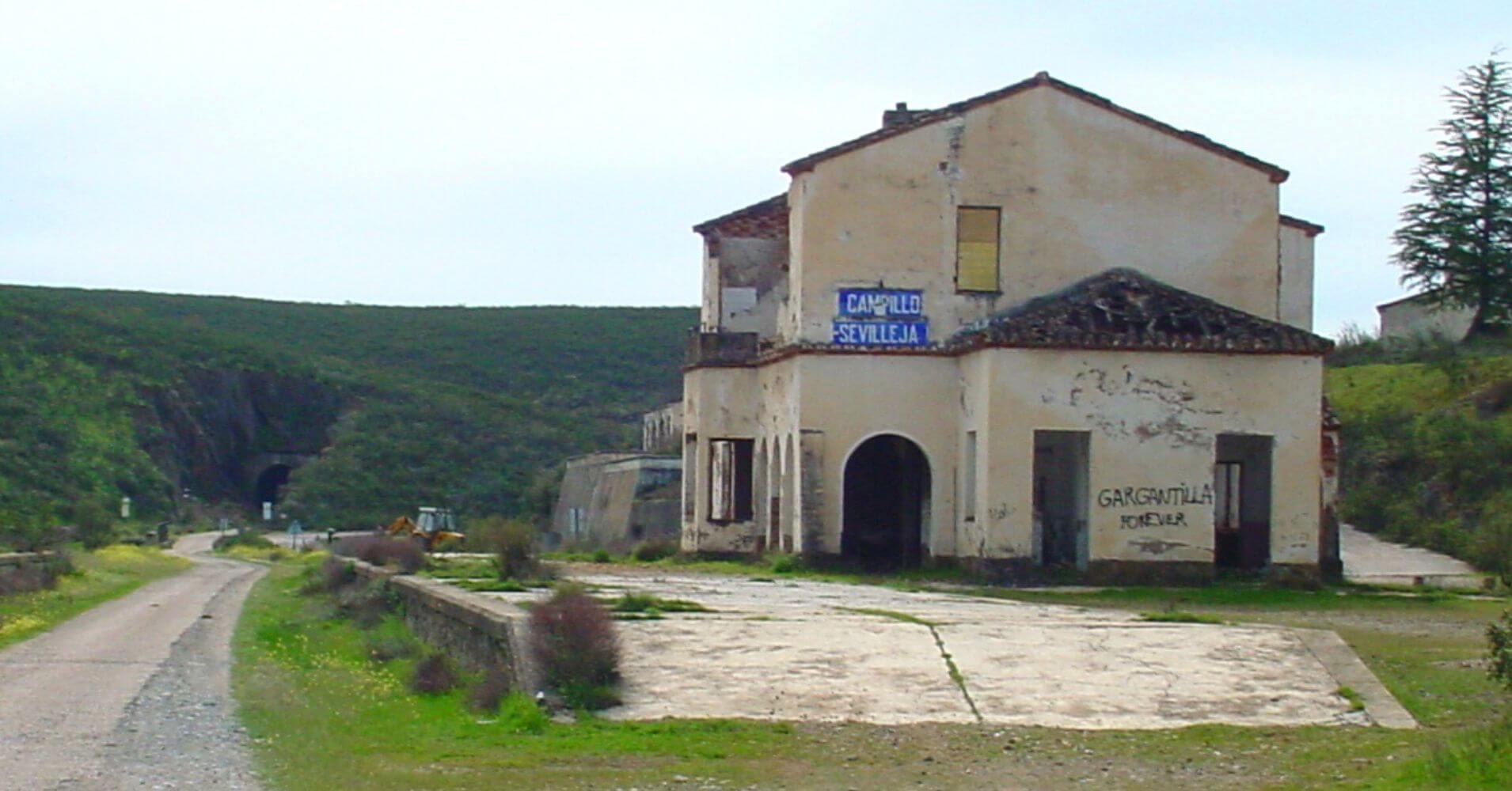 Estación Campillo Sevilleja. Toledo. Castilla la Mancha.