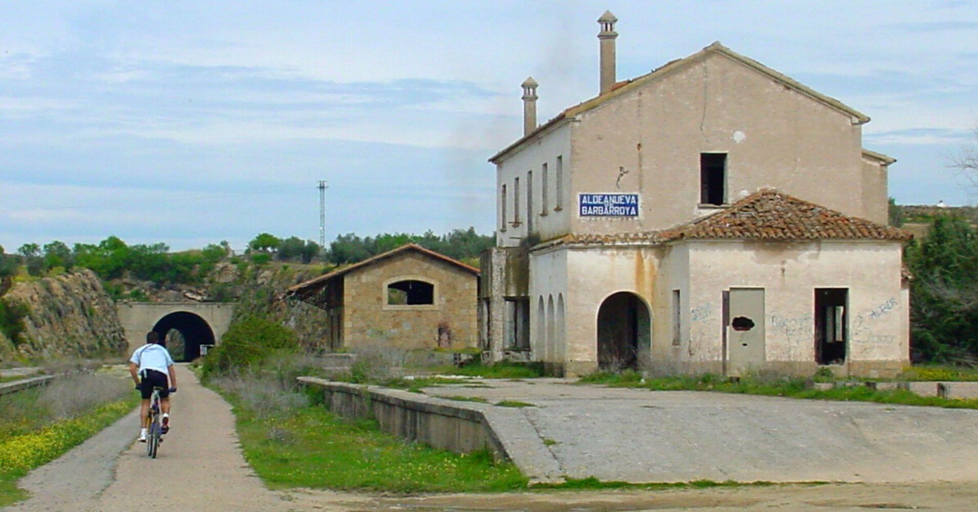 Estación de Aldeanueva de Barbarroya. Vía Verde de la Jara. Toledo. Castilla la Mancha.