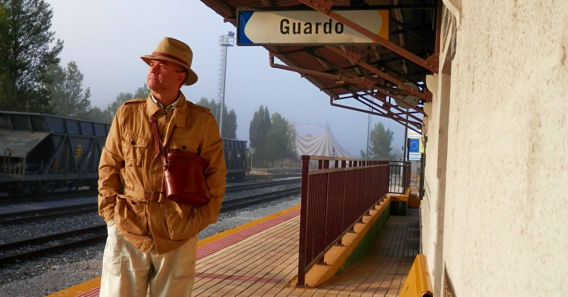 Estación de Guardo. Viaje en Tren en el Expreso de la Robla. De Bilbao a La Robla, León.