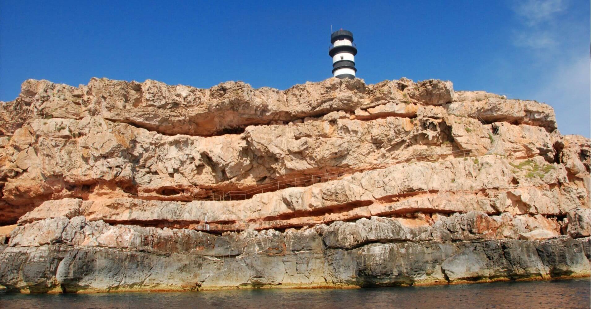 Faro Parque Nacional Marítimo Terrestre Archipiélago de Cabrera. Islas Baleares.