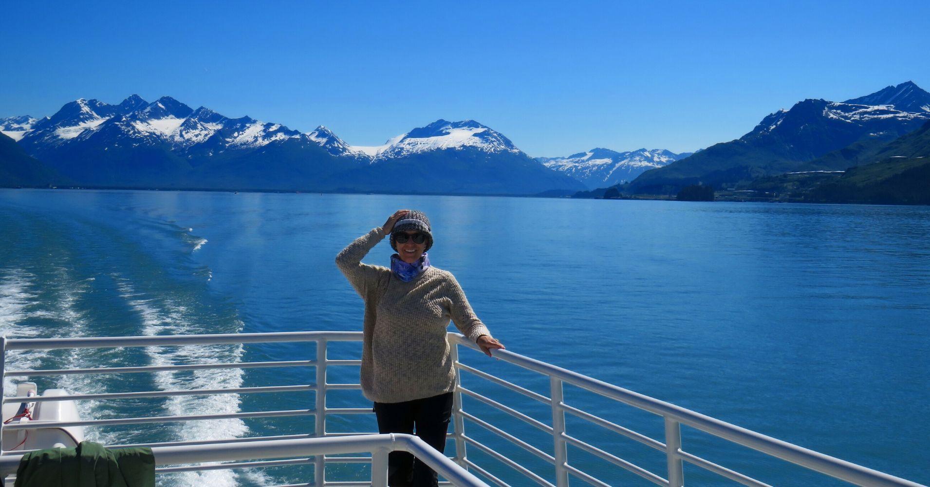 Navegando entre Fiordos y Montañas.