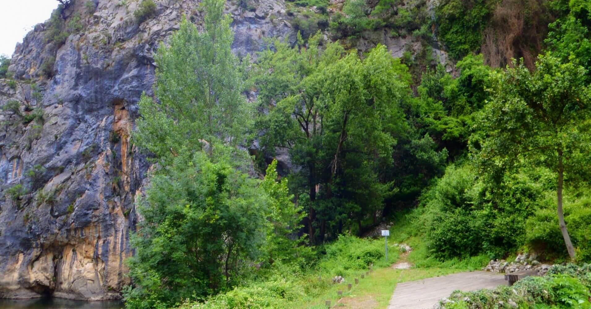 Paredes de la Vía Ferrata Pozo El Milar. Desfiladero de la Hermida. Picos de Europa, Cantabria.