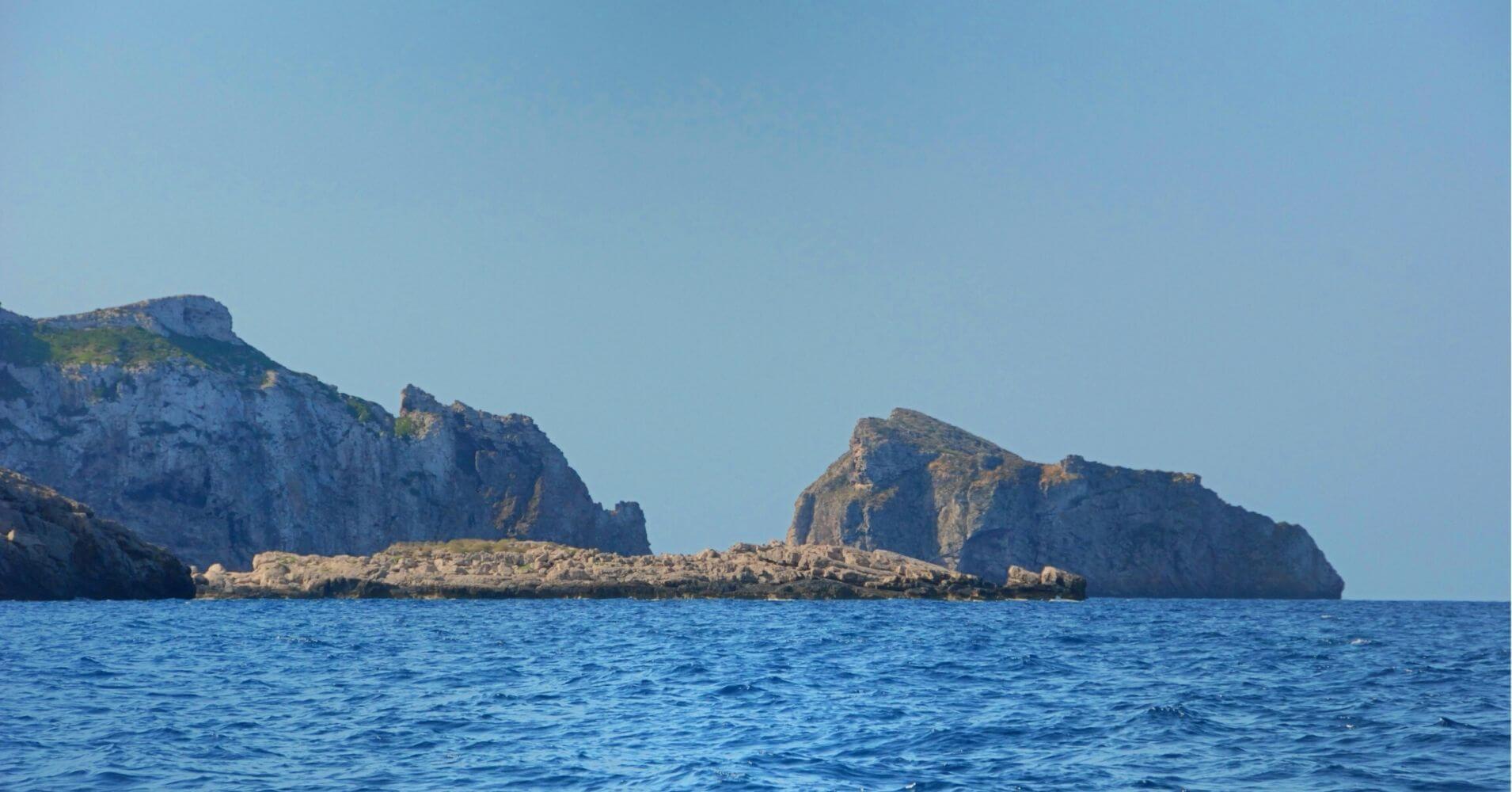 Islas e Islotes de La Cabrera. Islas Baleares.
