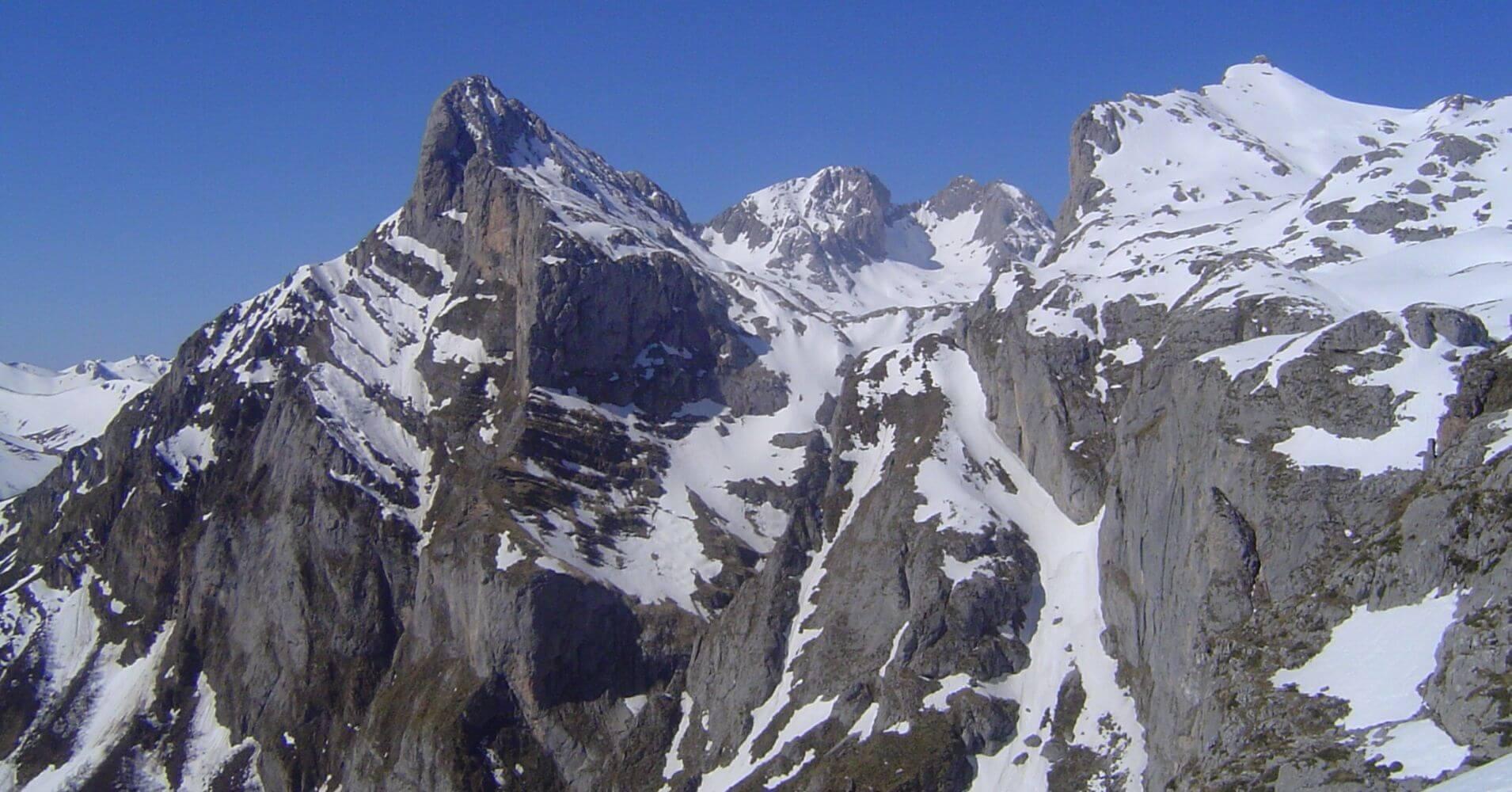 Peña Remoña, 2239 metros. Parque Nacional de Picos de Europa, Cantabria.