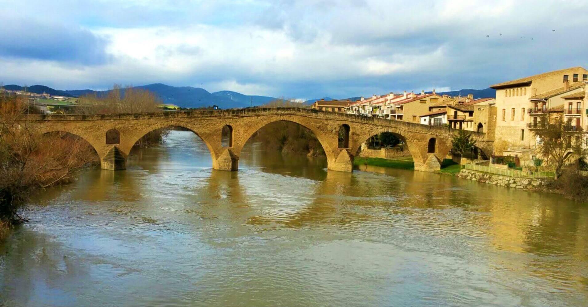 Puente de la Reina. Camino de Santiago Aragonés 6. Navarra.