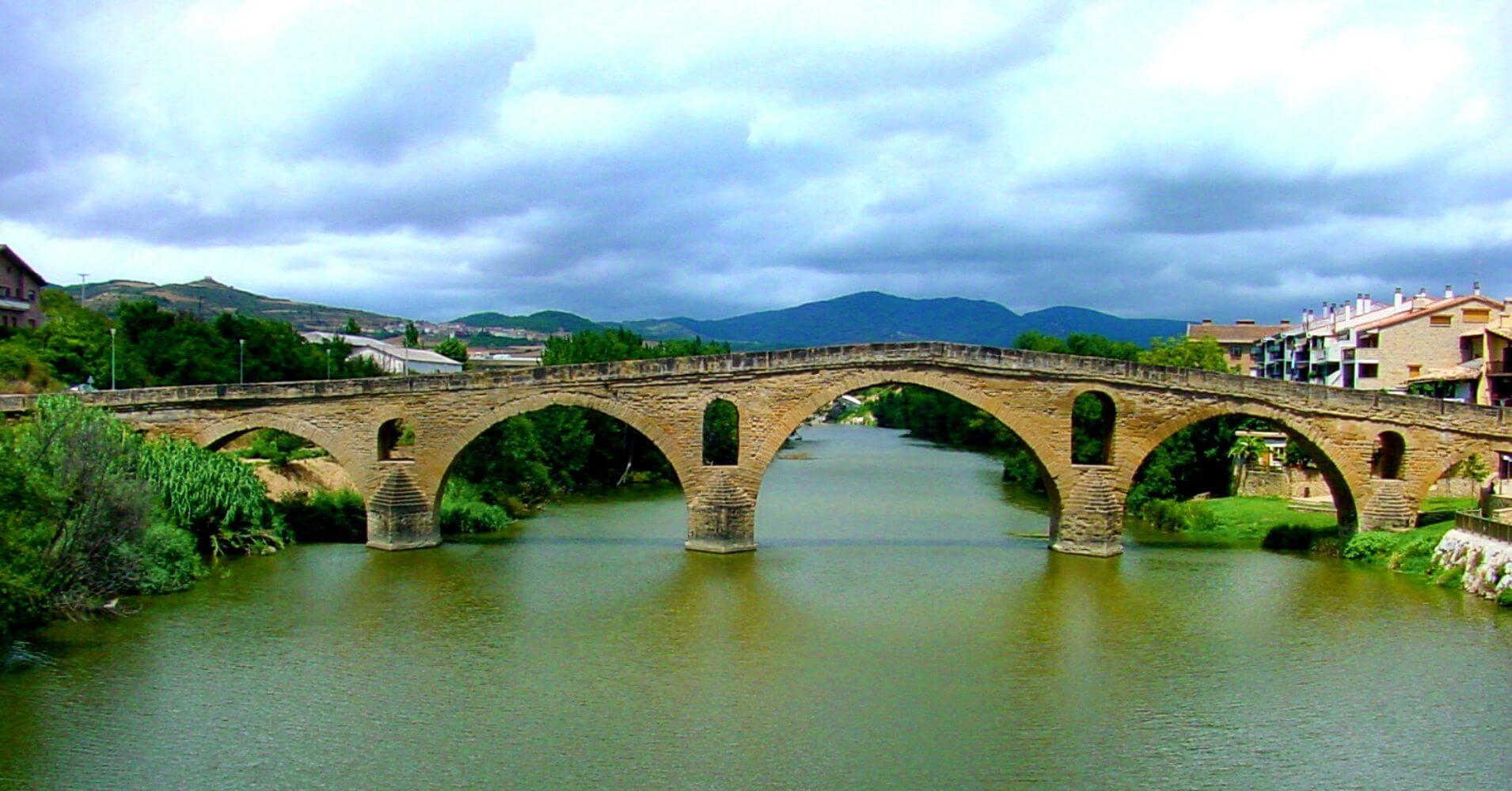 Puente de la Reina. Camino de Santiago Francés.