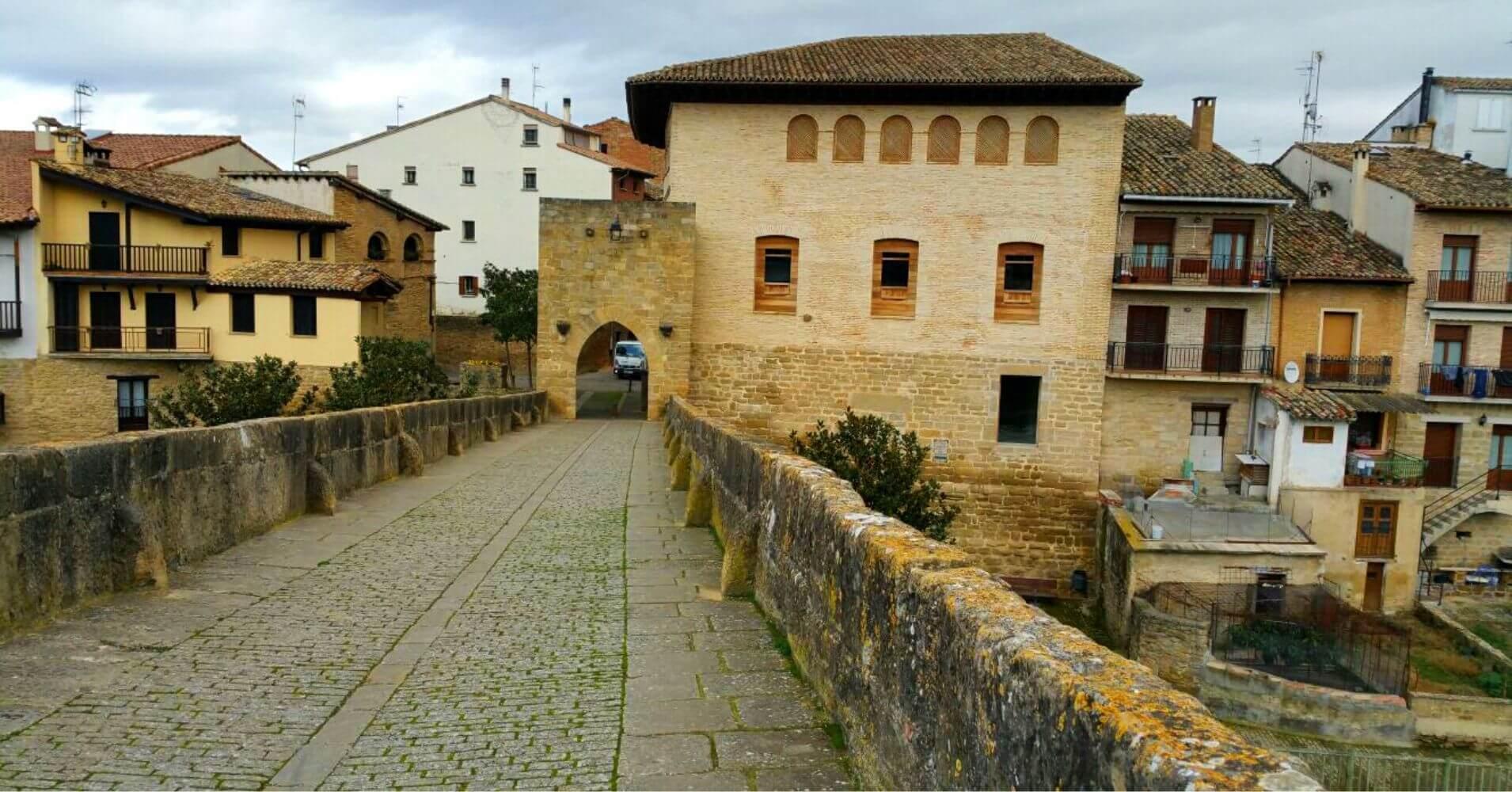 Puente de la Reina, Navarra. Camino de Santiago.