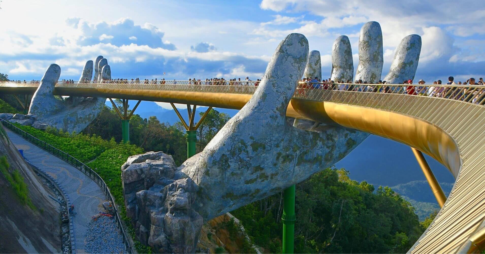 Puente de las Manos. Ba Na Hills. Vietnam.