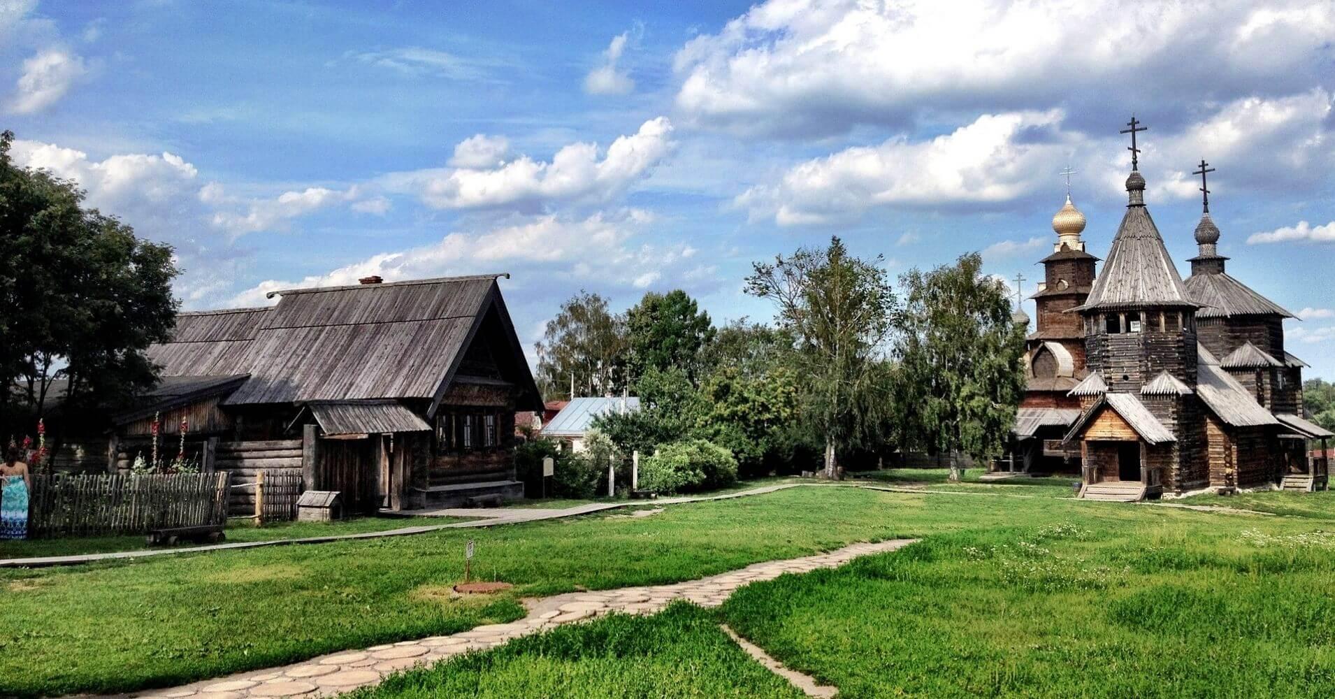 Suzdal, Iglesia de Madera. Viajar a Rusia.