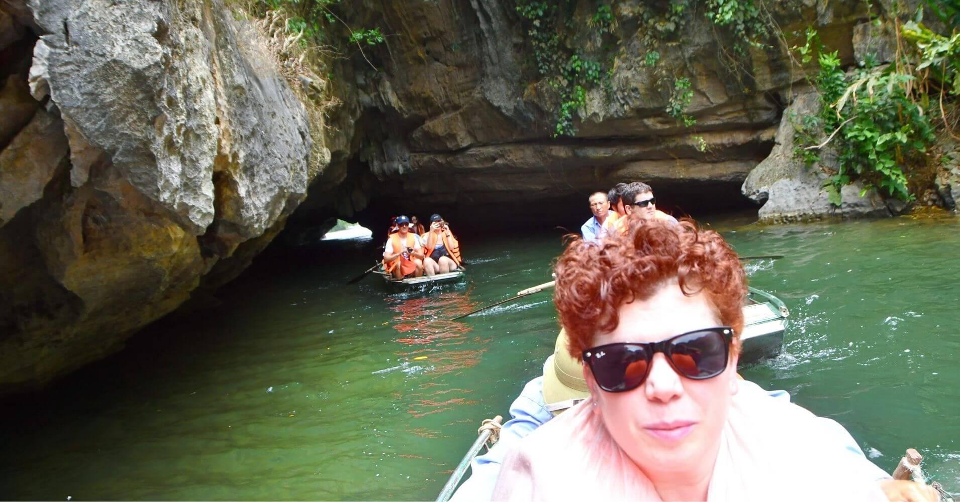 Trang an. Bahía de Halong Seca. Ninh Binh. Vietnam.