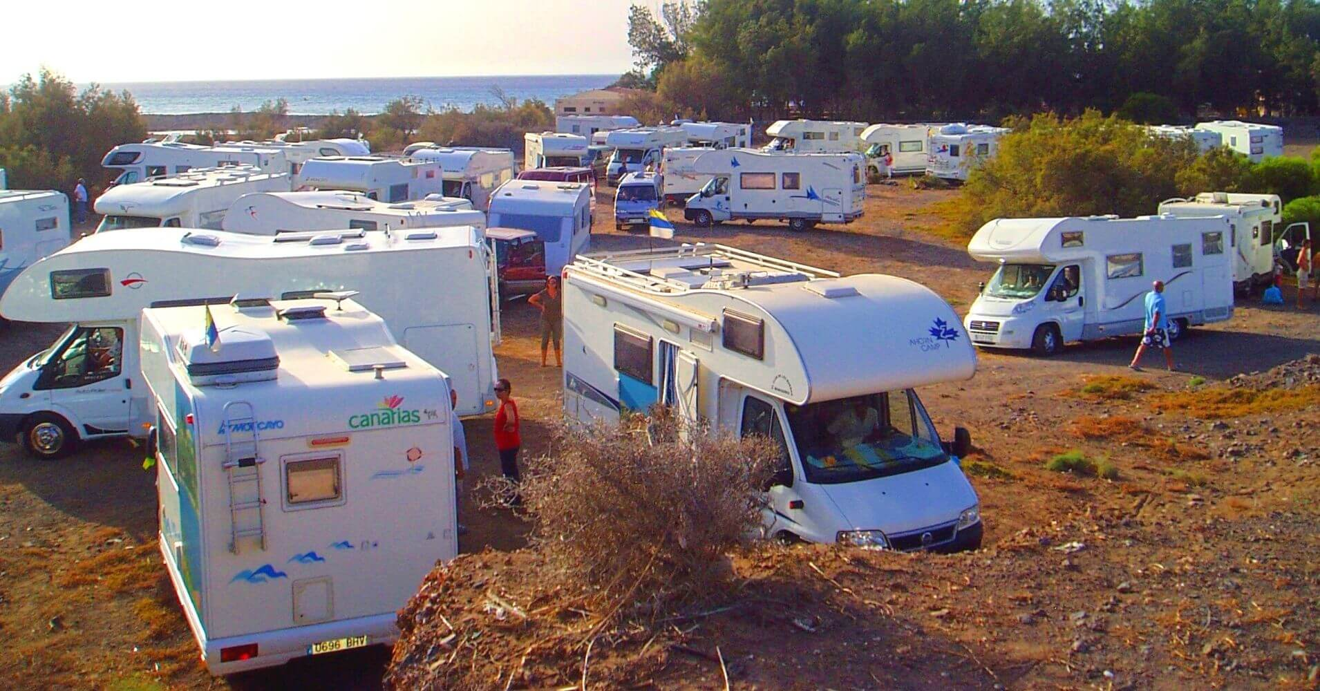 Clubes de Camping de España. Unión de Caravanistas de Canarias.