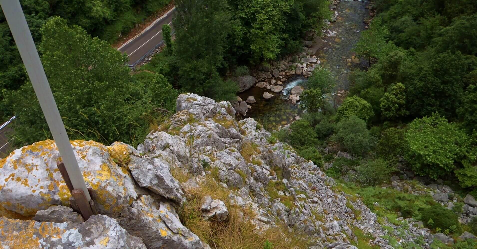 Final de la Vía Ferrata Pozo El Milar. Desfiladero de la Hermida. Picos de Europa, Cantabria.