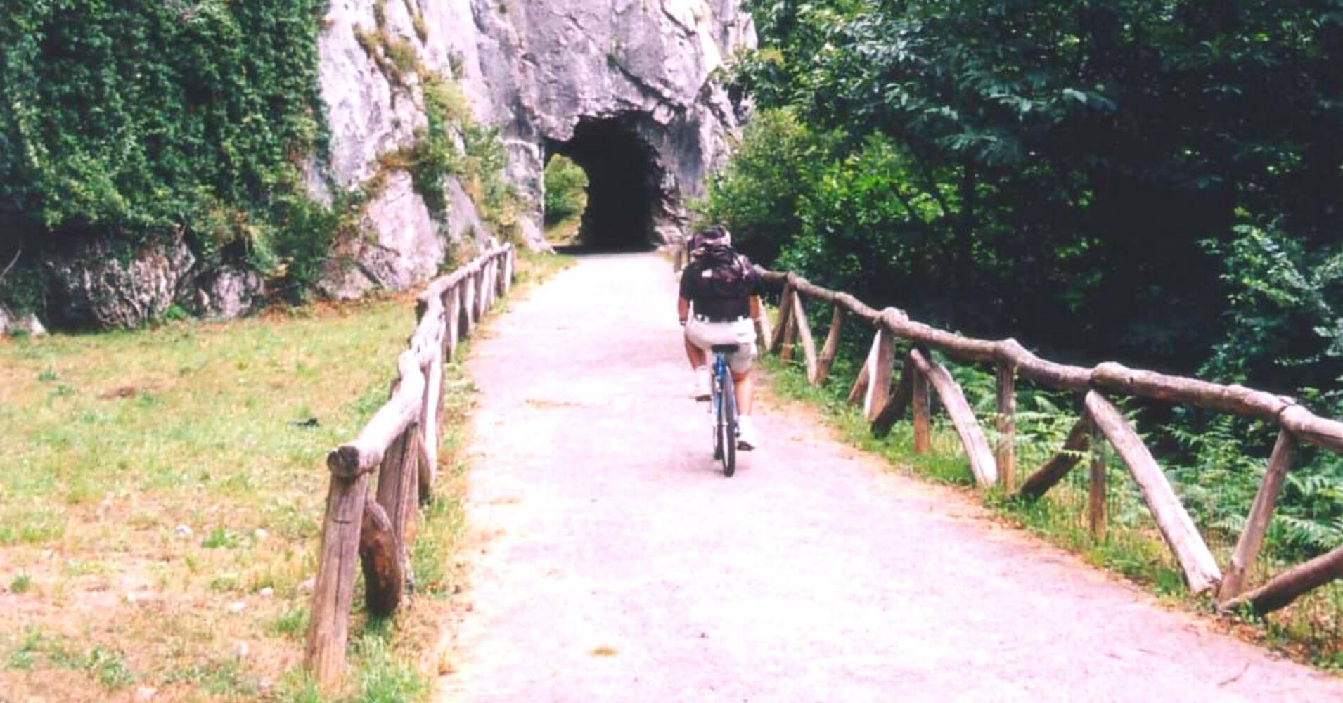 Vía Verde de la Senda del Oso. Teverga, Asturias.