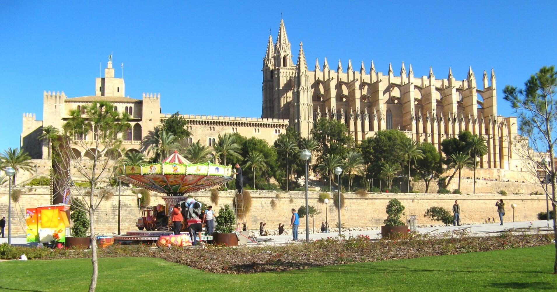 Viajar a Islas Baleares. Catedral de Palma de Mallorca.
